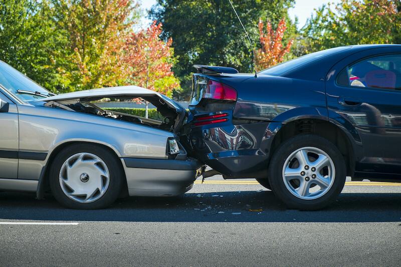 交通事故の衝突画像